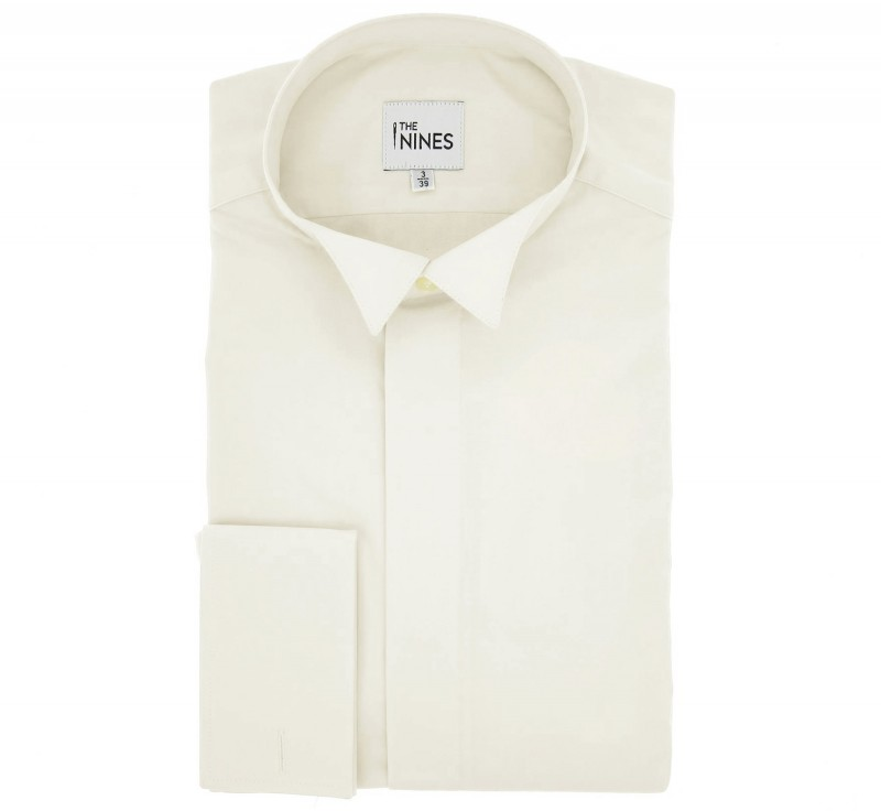 Elfenbeinfarbenes regular-fit Popeline-Hemd mit Umschlagmanschette mit Klappenkragen f?r die Fliege, verdeckter Hals