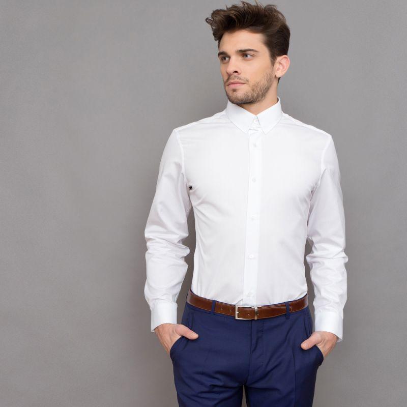 wei es hemd mit englischem kragen slim fit herrenhemd. Black Bedroom Furniture Sets. Home Design Ideas