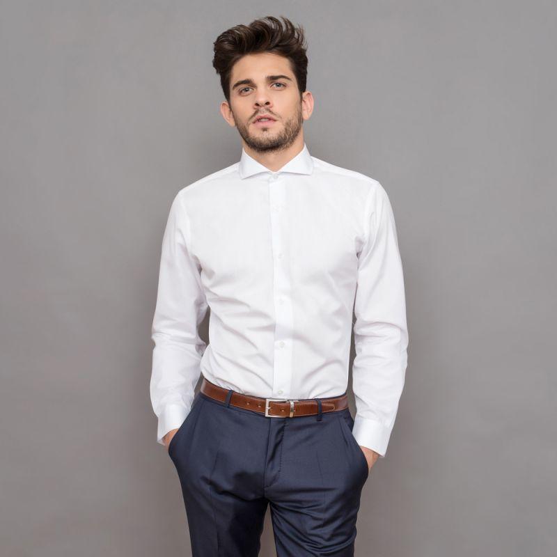 weisse hemd mit cutaway kragen slim fit herrenhemd. Black Bedroom Furniture Sets. Home Design Ideas