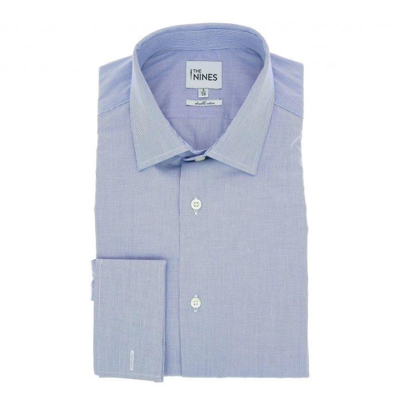 Blau-weiss gestreiftes doppelgenähtes regular-fit Hemd mit offenem italienischem Kragen