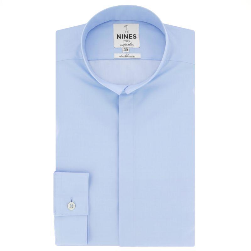 Blaues Hemd mit Umkehrkragen