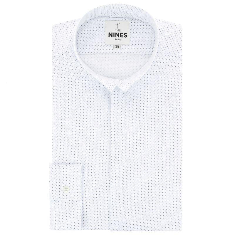 Weisses gepunktetes Hemd mit Umkehrkragen