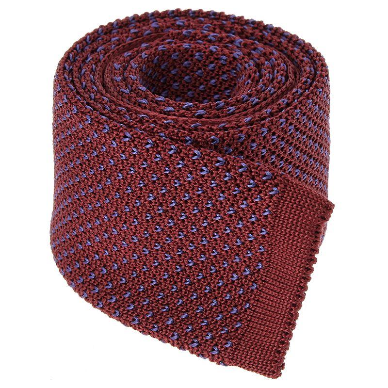 Bordeauxfarbene Strickkrawatte mit V-Muster aus Seide