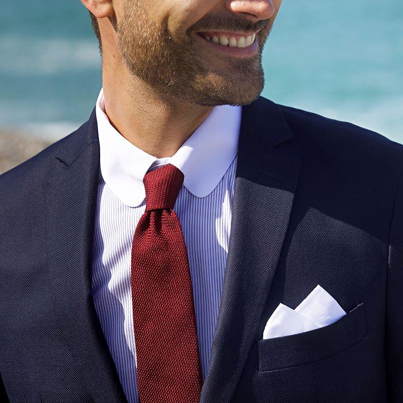 Umschlagmanschetten Hemd mit Tab-Kragen und blauen Streifen
