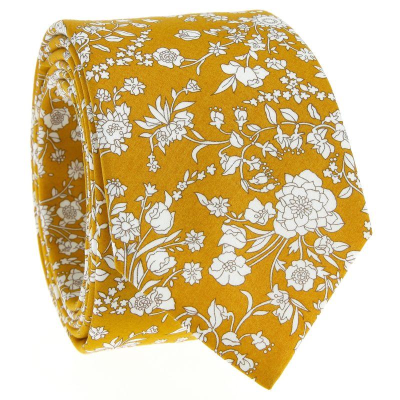 Senfgelbe Krawatte mit Blumen aus Liberty