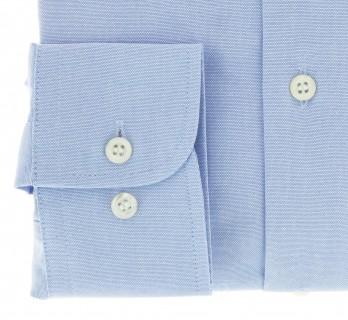 Blaues regular-fit Hemd Oxford mit Knopfkragen und einfachen Manschetten