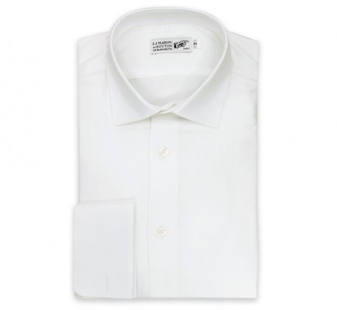 Weisses regular-fit Twill-Hemd mit Umschlagmanschette mit offenem italienischen Kragen